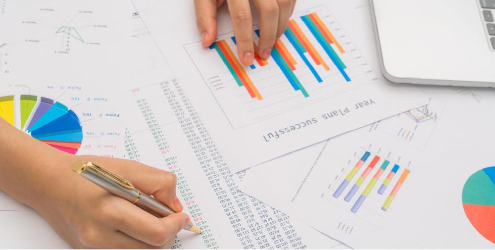 analisi dei dati dei consumatori per elaborare una strategia di precision marketing su misura