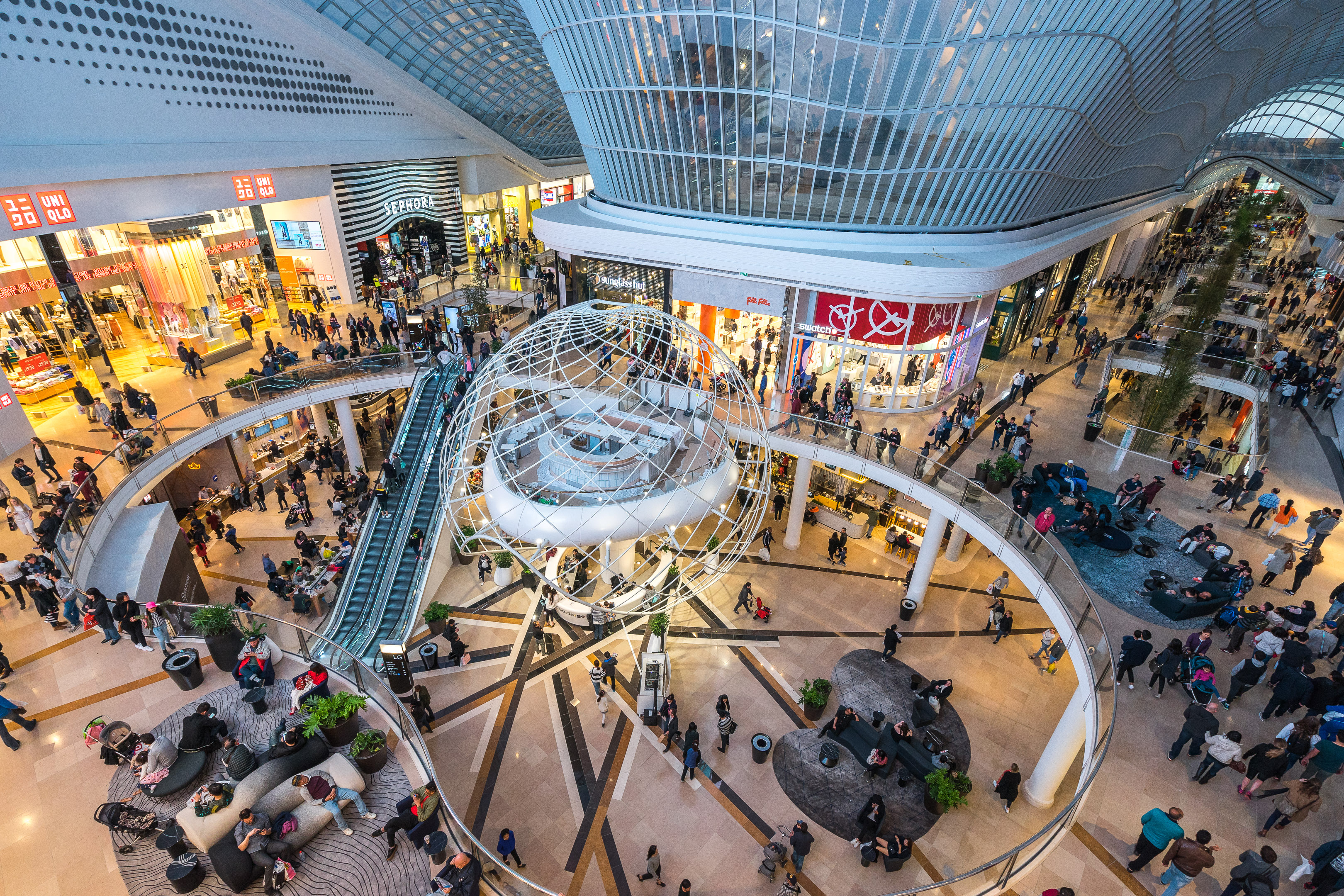 creazione spazio shop in shop creato nel centro commerciale